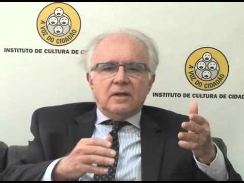 <p>Artigo – Uma nova geração de magistrados pede passagem, por Joaquim Falcão<p>
