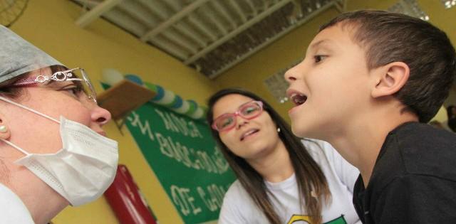 Cidadania Corporativa <p>Programa Adotei um Sorriso, da Fundação Abrinq,  apresenta novidades para o ano de 2015