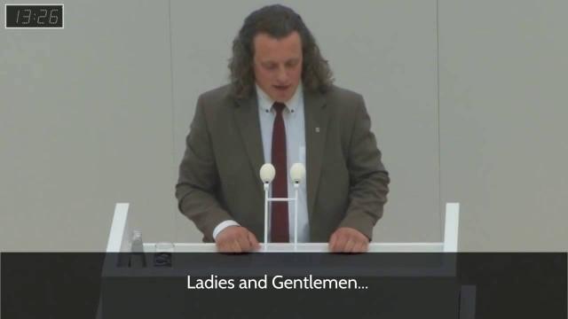 <p>Humor – Deputado alemão do Alternative für Deutschland, recebe críticas dos militantes LGBT<p>