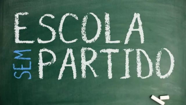<p>Redes sociais – Jacaré de Tanga de Felipe Ferreira posta um vídeo definitivo sobre o projeto Escola sem Partido<p>
