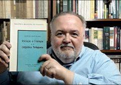Livros – Rodrigo Gurgel destorce uma das grandes falácias em relação ao estudo da língua